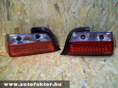 BMW E36-os coupe-hoz, LED-es hátsó lámpa, fehér indexes.