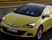 Opel Astra GTC 2011 - panorámatetővel