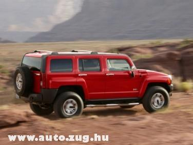 A Hummer H3-as