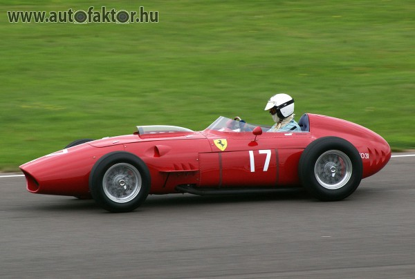 Ferrari versenyautó