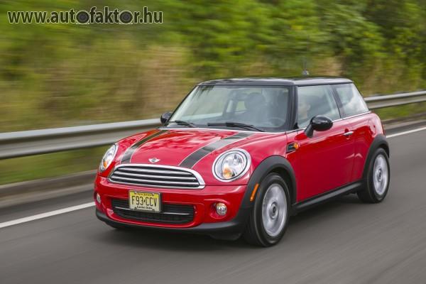 Suhan a Mini Cooper. Régi autó új köntösben