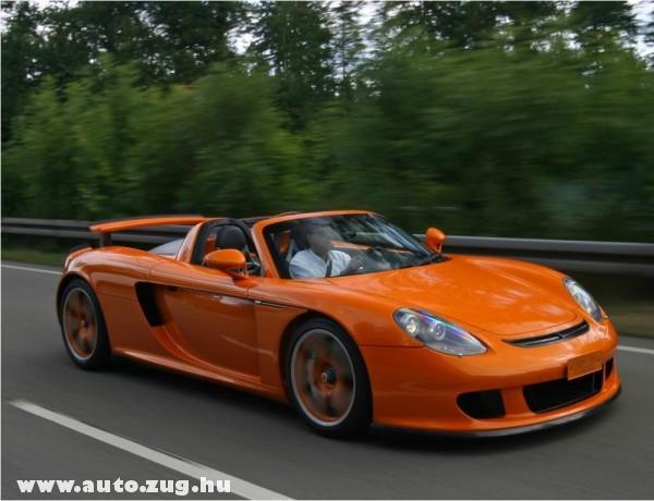 Narancs Porsche Carrera GT