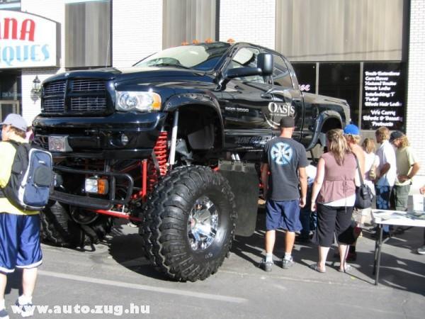 Nagykerekû jeep