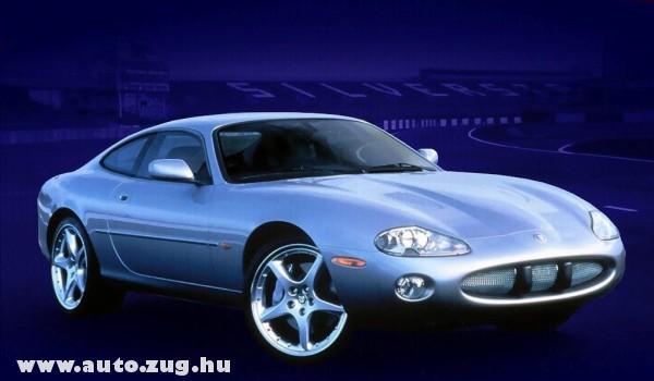 Jaguar XJ120