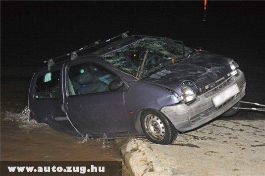 Kocsit a Dunából?